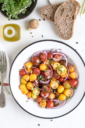The best dishes to have at your BBQ or hog roast event. Top tips for the freshest salads, incorporating global flavours and the best slaws & dressings to accompany your main. Discover secrets to the perfect roast potatoes.